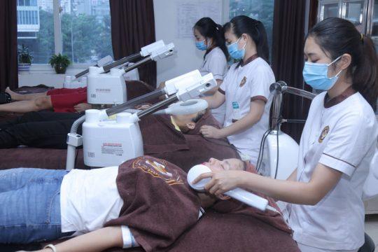 Quy trình điều trị mụn trứng cá tại Trung tâm Da liễu Đông y Việt Nam