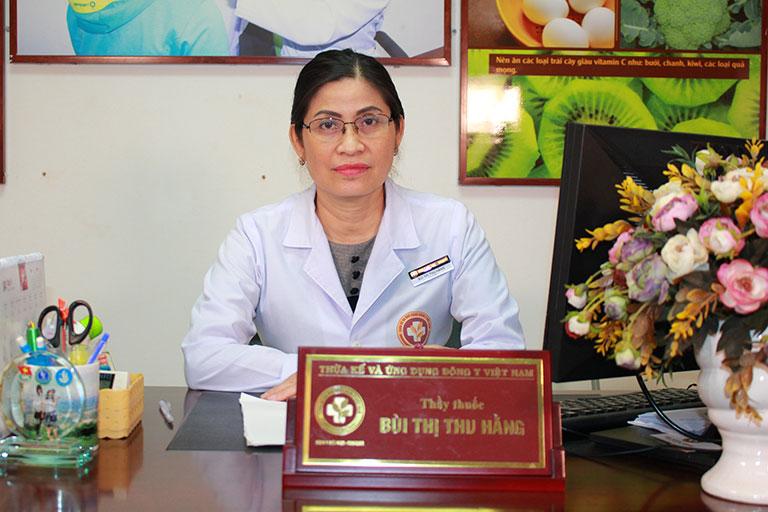 Thầy thuốc Bùi Thị Thu Hằng hơn 20 năm chữa bệnh phụ khoa bằng thuốc cổ truyền