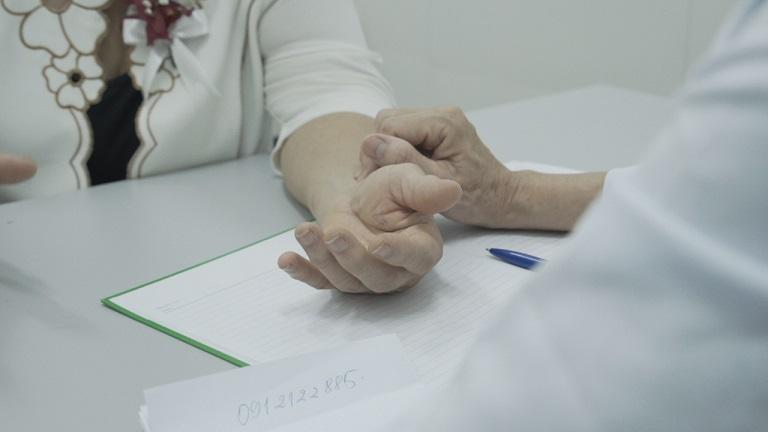 Nghệ sĩ Kim Xuyến trải nghiệm dịch vụ tại bệnh viện