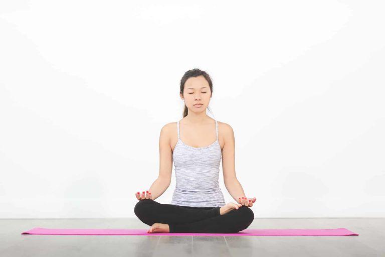 Người bệnh có thể tập các bài tập yoga chữa viêm đại tràng