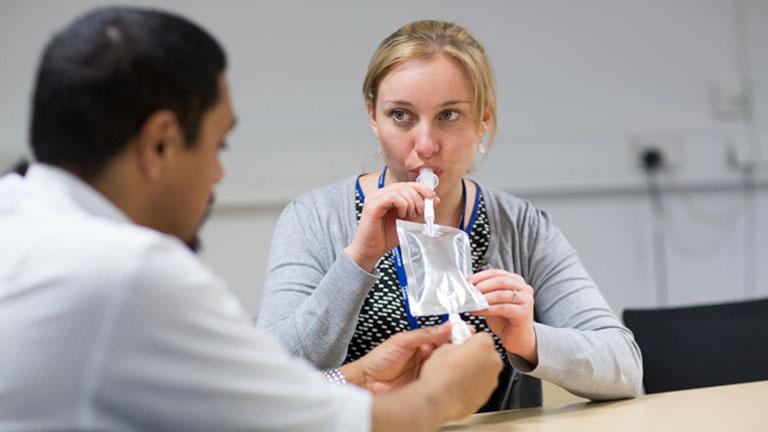 Kiểm tra hơi thở là kỹ thuật dùng để xác định sự tồn tại của vi khuẩn HP trong dạ dày