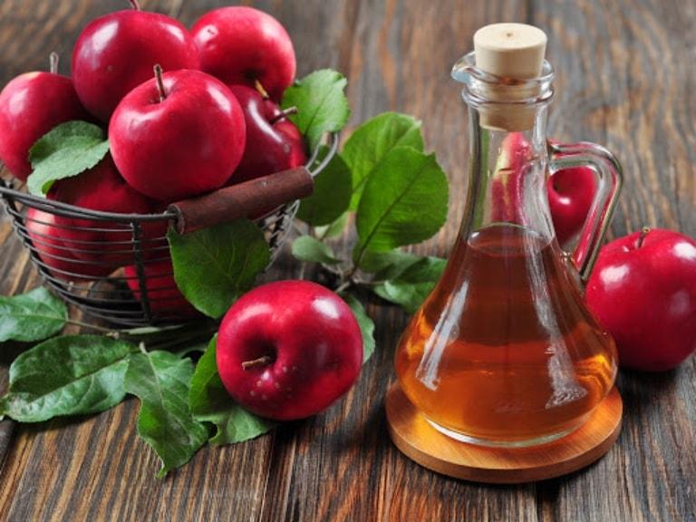 Chữa viêm âm đạo với giấm táo dễ làm mà hiệu quả