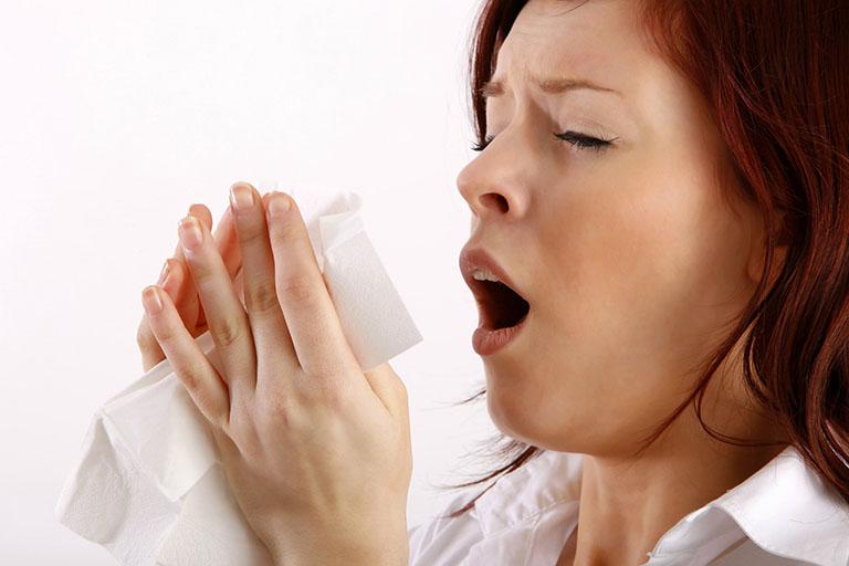 Thuốc chlorpheniramine giúp cải thiện hiệu quả tình trạng ngứa mũi, chảy mũi, hắt hơi