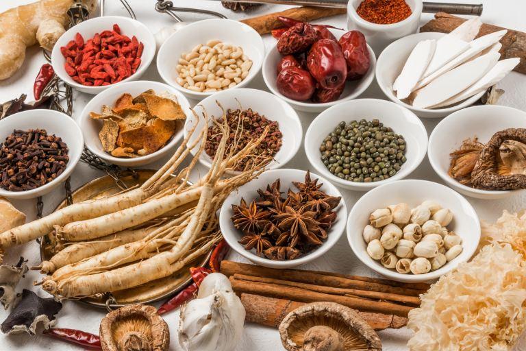 Bạn có thể dùng các bài thuốc Đông y để trị bệnh