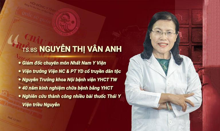 """Tiến sĩ, Bác sĩ Nguyễn Thị Vân Anh được mệnh danh là người có """"bàn tay vàng"""" nhờ ứng dụng hiệu quả phương pháp chữa bệnh không cần thuốc là châm cứu"""
