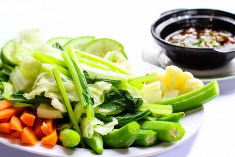 Người đau dạ dày nên bổ sung nhiều loại trái cây và rau xanh vào thực đơn ăn uống của mình