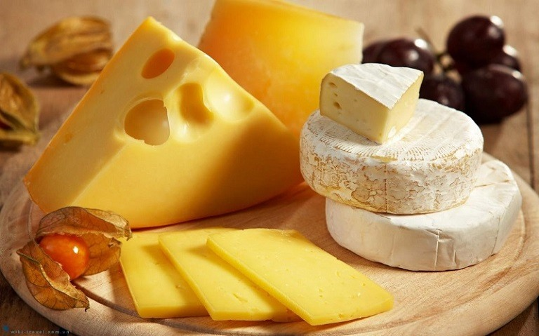 Các thực phẩm từ bơ, phô mai người bị dạ dày không nên ăn