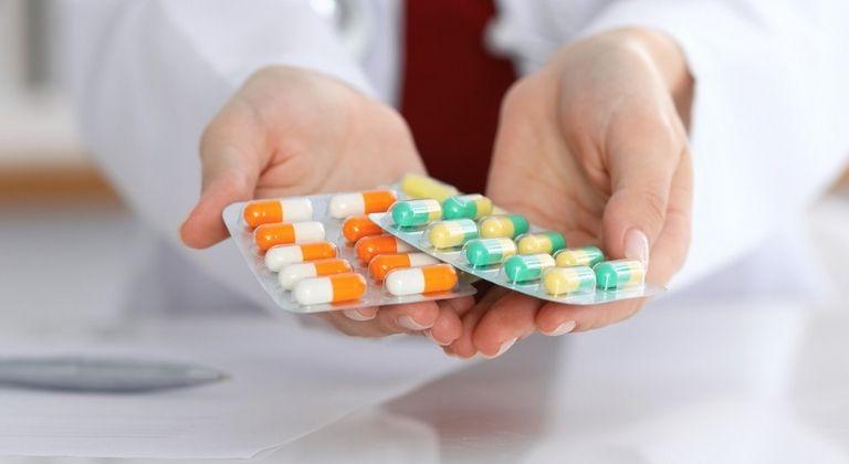 Thuốc Tây làm giảm nhanh triệu chứng bệnh